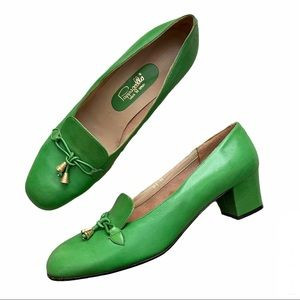 Vintage Pappagallo Leather Lime Green Heels